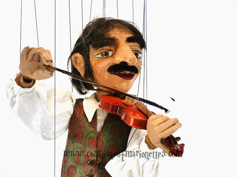 mixedmed_violinist2.jpg