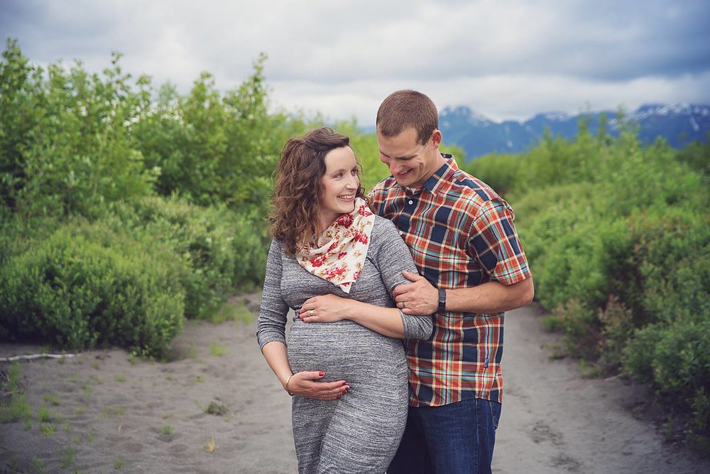 maternity couple family photographer in cordova alaska Breanna Mills Photography clark 1.jpg