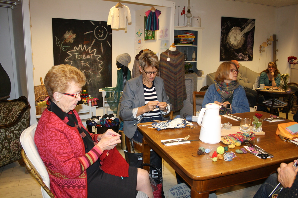 Knit-together 2013 018.JPG