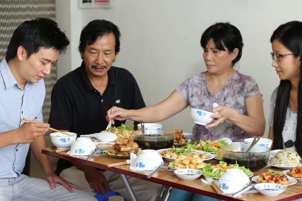Nguyen Ngoc Son, 27
