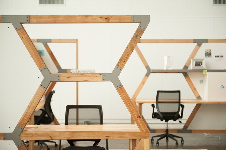THE HIVE WORKSTATION — fullinsight