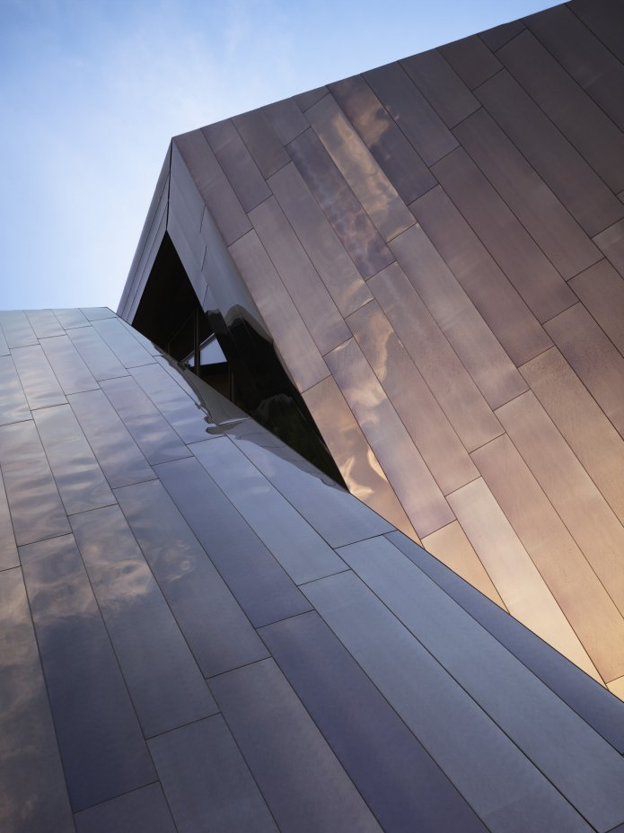 18.36.54-house-by-studio-daniel-libeskind.-connecticut-united-states-11