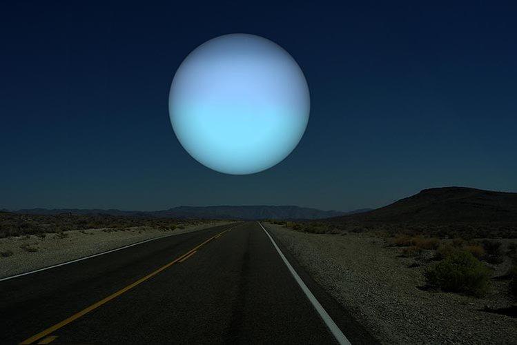 750-Moon-02