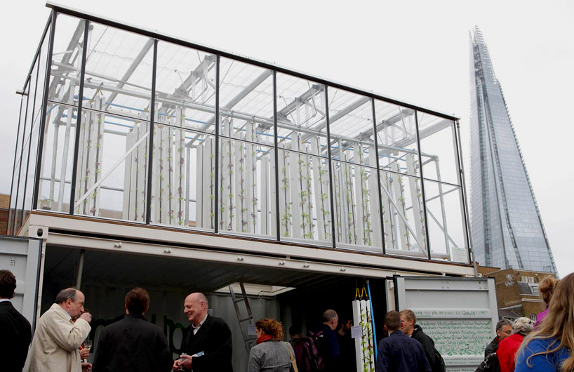 growupbox-aqua-ponic-farm-london-designboom03