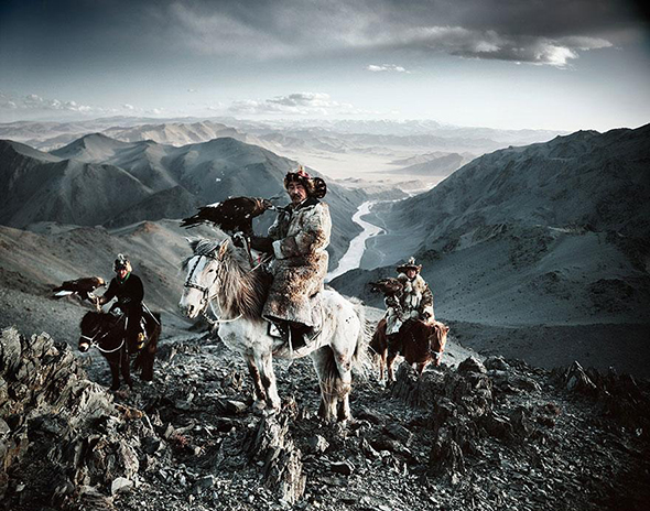 vanishing-tribe-mongolia.jpg