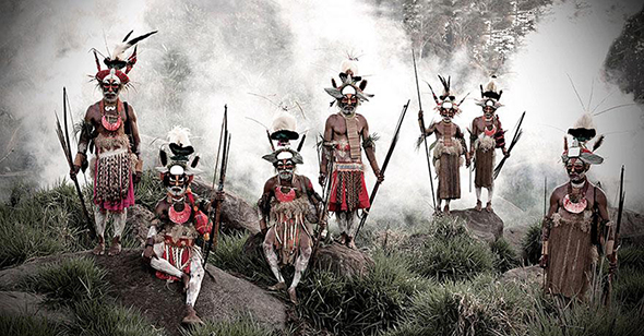 vanishing-tribe-Papua-New-Guinea.jpg