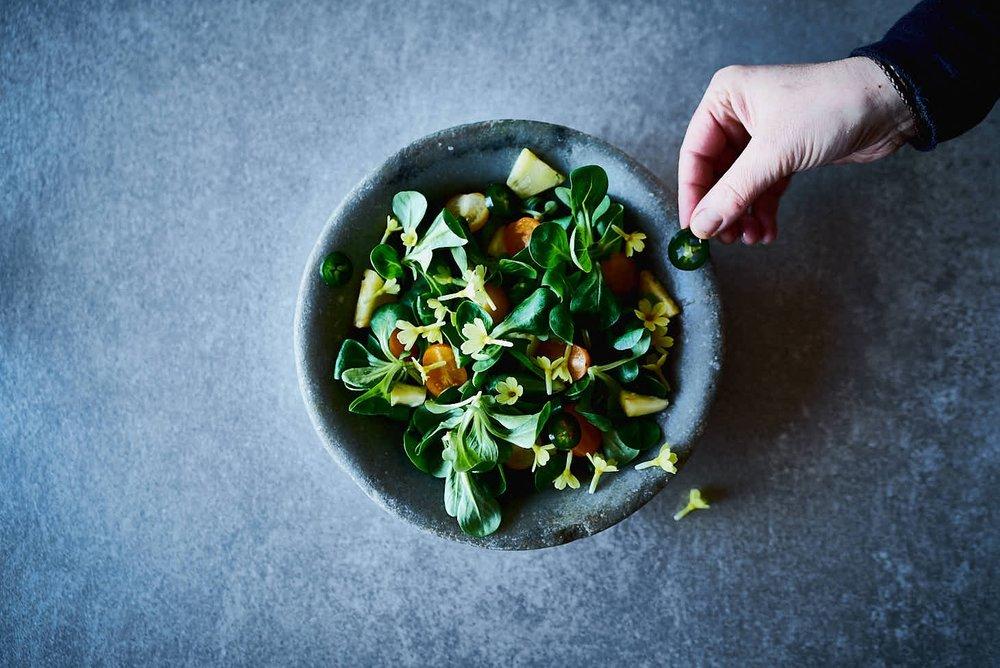 Feldsalat mit Ananas & Jalapenos