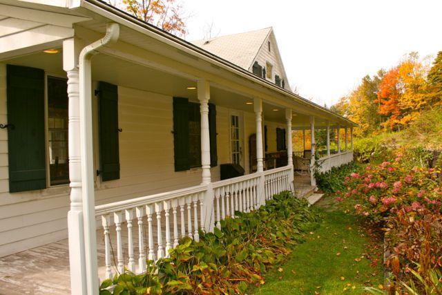 Longview Cottage • Callicoon Center, NY • Sleeps 6 max.