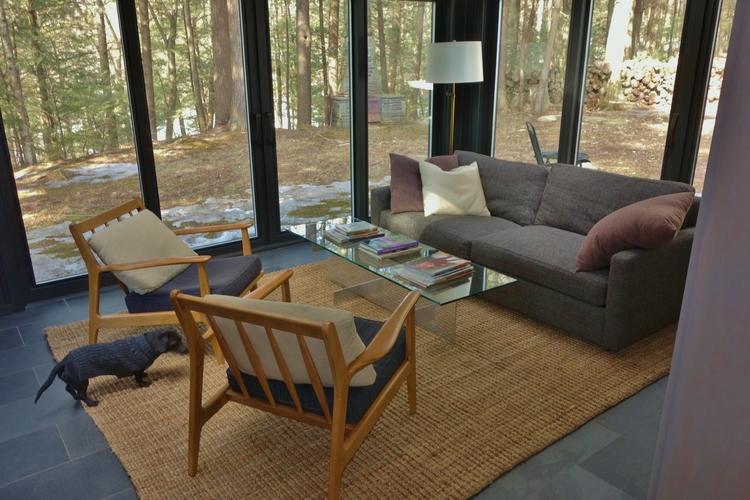 TV+lounge.JPG