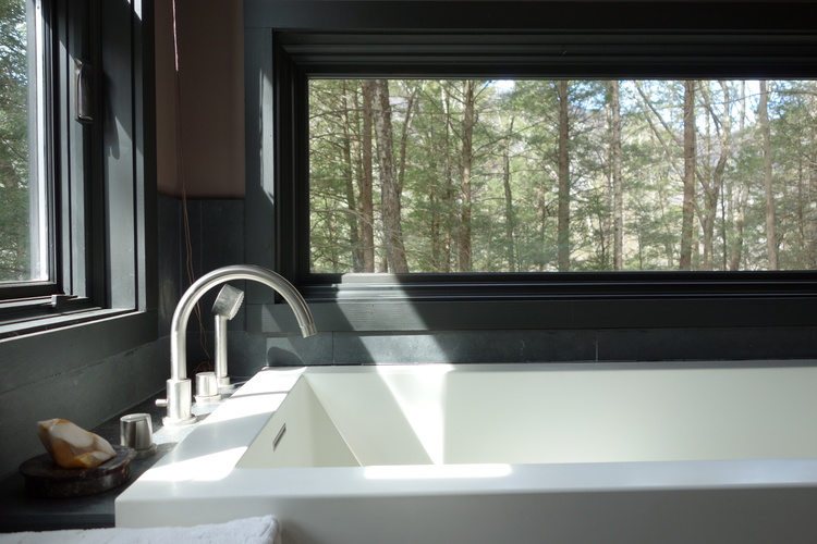 bath+2+soaking+tub.JPG