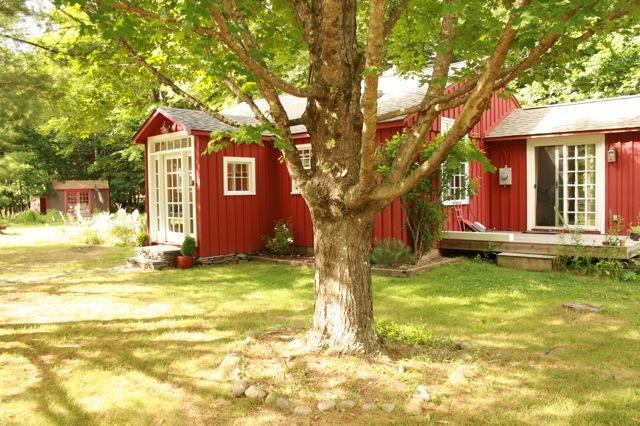 red-cottage-catskills.jpg