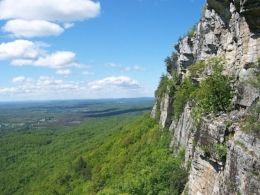 Shawangunk-Ridge-Trapps-Cliff.jpg