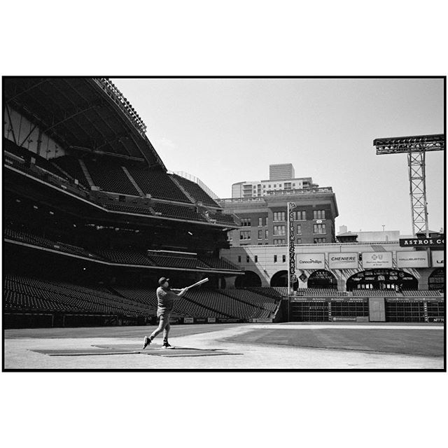 Swingin' for the stars 💫💖 . . . Expired #ilfordpanf developed at home in #d76 and shot through my beloved #konicahexaraf . . . #analogphotography #shootfilm #panf #blackandwhitefilm #buyfilmnotmegapixels #shootfilm #astros #budweiser #worldseries #houstonstrong #film #filmphotography