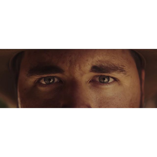 "🎥 ""Westworld to Yuma"" (2017) Dir: @ryan_connolly . . 📝Last one from this short film so I thought I'd share the other ECU we did just because they're fun. The lighting setup for this was the same as Josh's MCU except we just brought everything in closer to make it even more dramatic. Swipe for lighting plot. . . . Writer/Director: @ryan_connolly Starring: @jrobproductions & @josh_connolly Producer: @tim_connolly DP: @dmrouth 1st AC: @ryan_polly 2nd AC/Movi Tech: @scotthilburndp Key Grip: @gloomygrant Production Sound: @khto_music HMU: Ondrea Connolly BTS Videographer: @joshuafortuna Colorist: @jcarrington3 Composer: @h2daniel Sound Design/Mix: @robkrekelsound VFX Supervisor: @mstarktv _____________________________ Alexa Mini + Kowa Anamorphics _____________________________ #filmmaking #dp #western #shortfilm #arri #alexamini #kowa #anamorphic #cinematography #behindthescenes #filmriot"