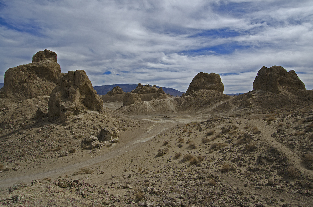 Dirt roads zigzag all through the area and the trails take you right up close and personal with the pinnacles.