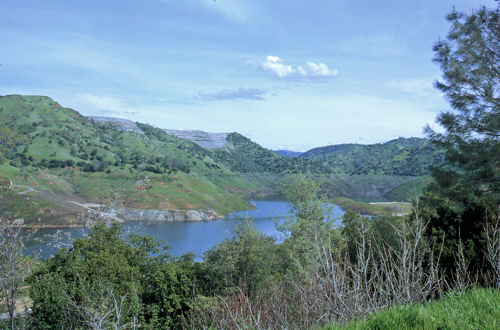 New Melones Lake, photo taken during a time of low water level.