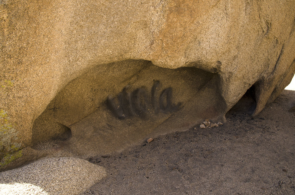 Joshua Tree National Park 023 Graffiti.jpg