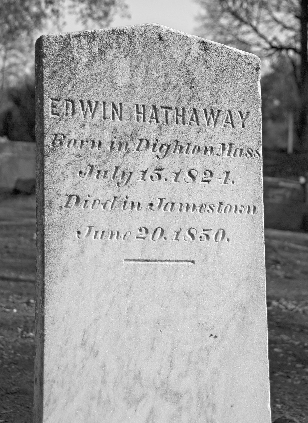 Jamestown Cemetery 1850 Headstone.jpg
