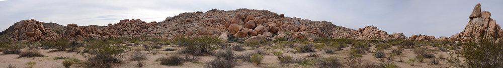 Joshua Tree NP - Stirrup Tank Area 19 Stirrup Rock Pano Small.jpg