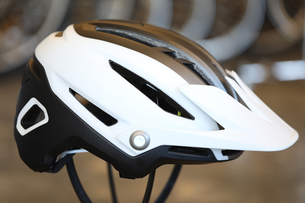 Bell Sixer MIPS > - The well ventilated Bell Sixer MIPS features extended half-shell coverage for rowdy trail adventures, plus an adjustable visor for superior compatibility with your eyewear of choice. It even boasts a strap gripper at the rear of the helmet for added stability when running goggles as well as an integrated camera/light mount. And hey, let's hit it head on, some domes are larger than others. In addition to standard sizes, the Bell Sixer also accommodates noggins with more circumference. Available in a variety of colorways.