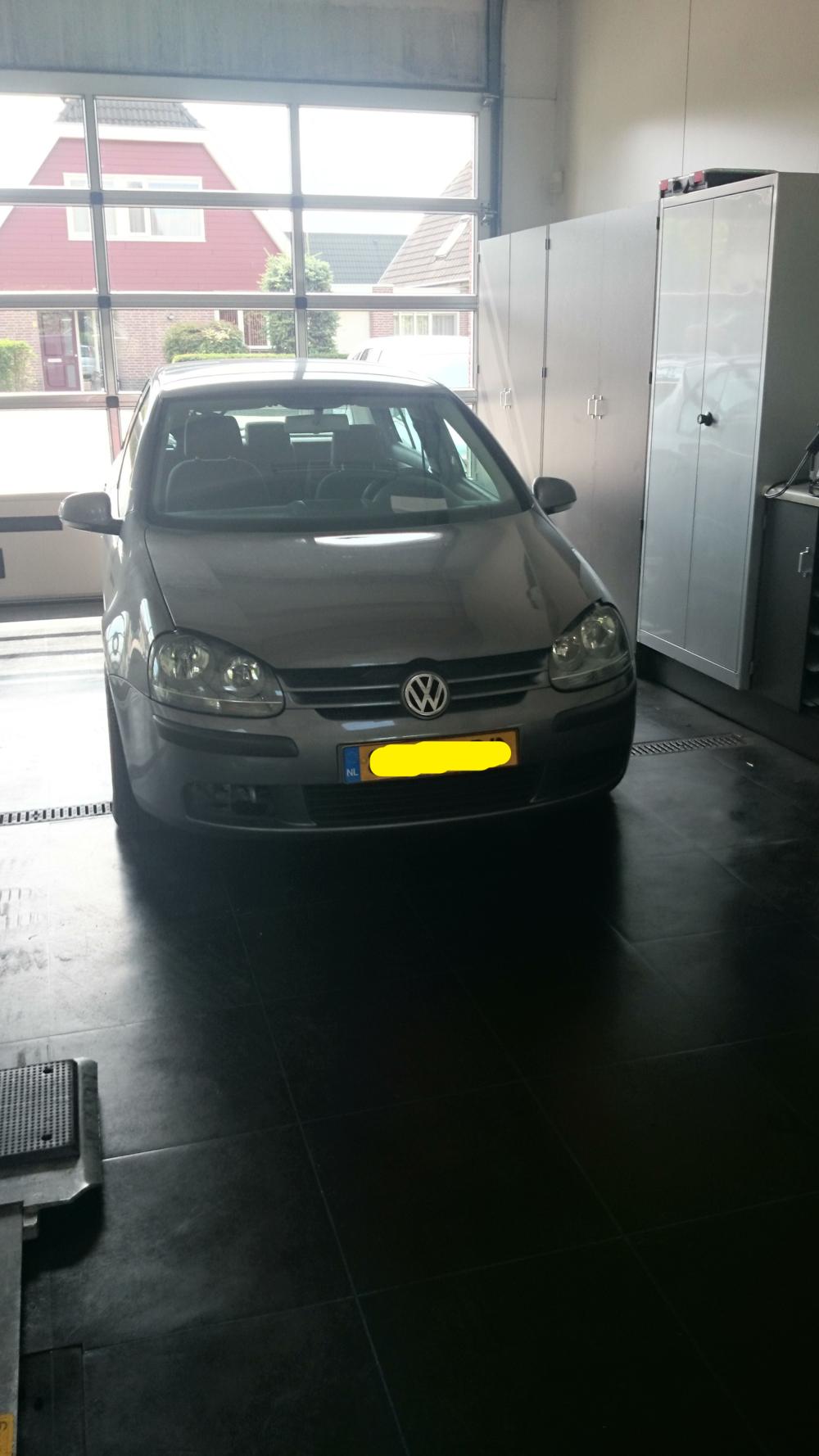 De VW Golf staat bij ons in de werkplaats