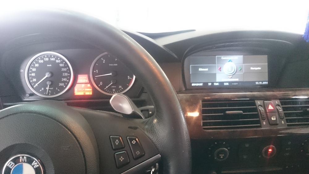 Allecontrolelampje zijn uit en de het Navigatie Professional systeem werkt