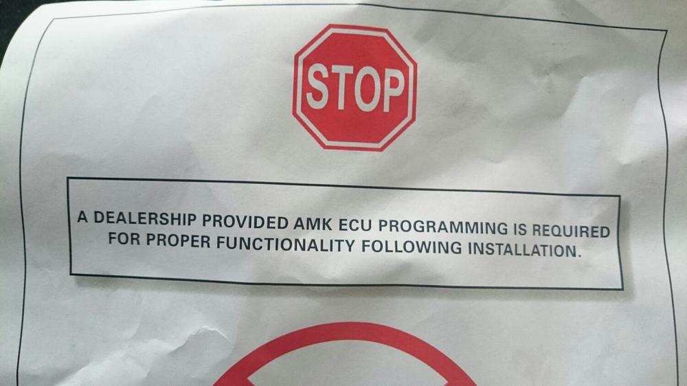 Waarschuwing dat een software herprogrammering van de luchtvering noodzakelijk is