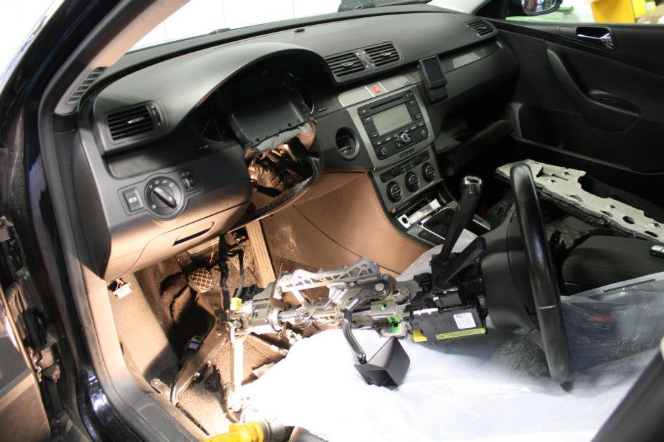 Volkswagen Passat 3c Met Identiteitscrisis Autobedrijf