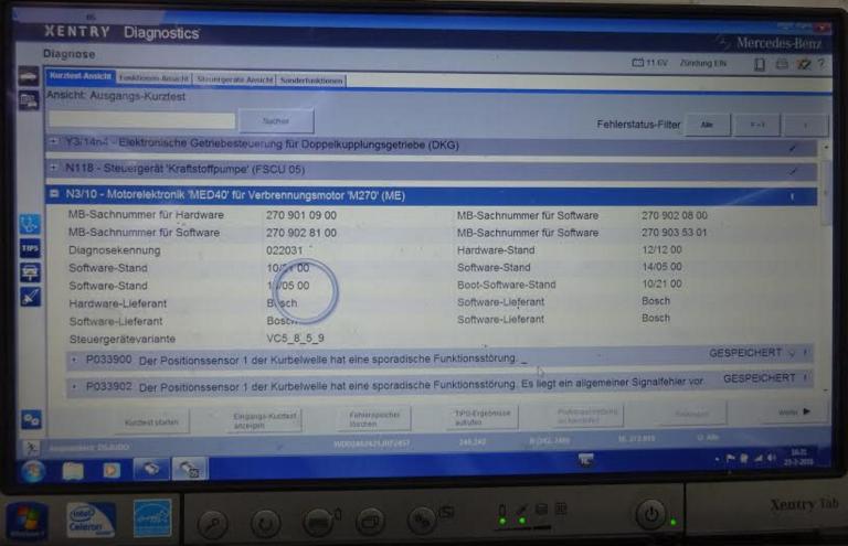 Een screenshot van het Mercedes-Benz Xentry diagnose-apparaat.Onderaan de opgeslagen foutcodes in het motormanagement