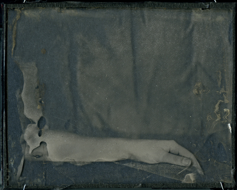 16-Collodion Self004.jpg