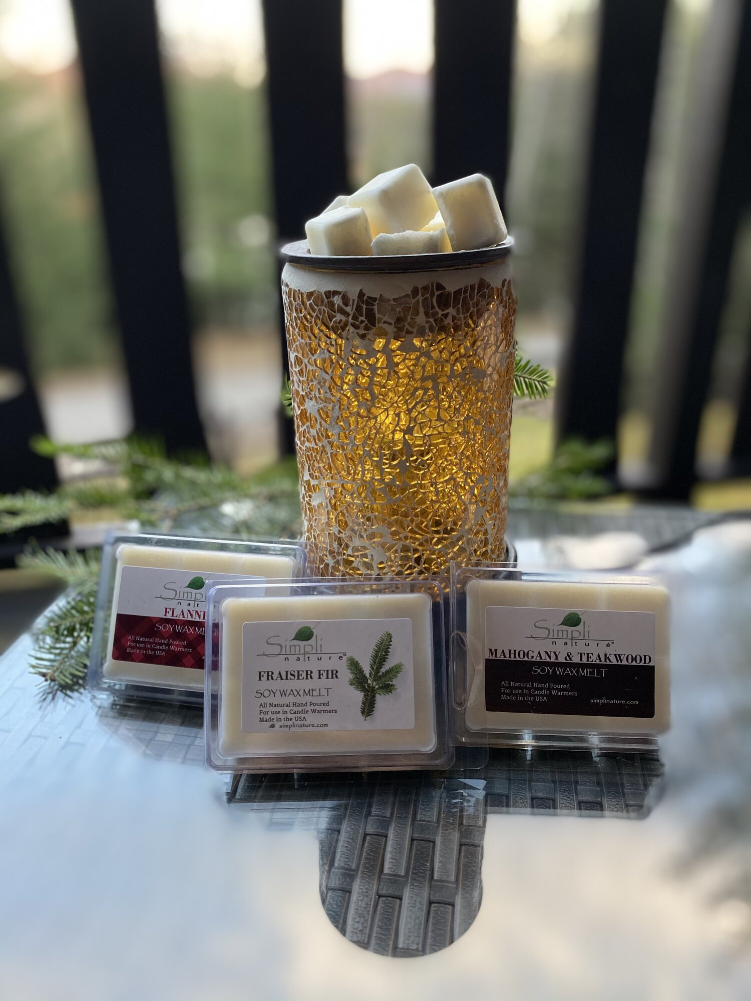 Hand poured Soy Wax Melts Choose from dozens of scents all natural