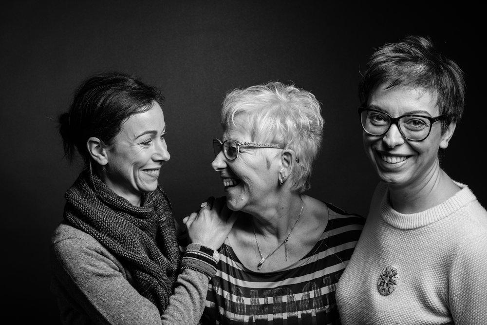 Camille, Renée, Cristina  -  Mamie et Moi