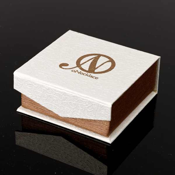 oNecklace gift box