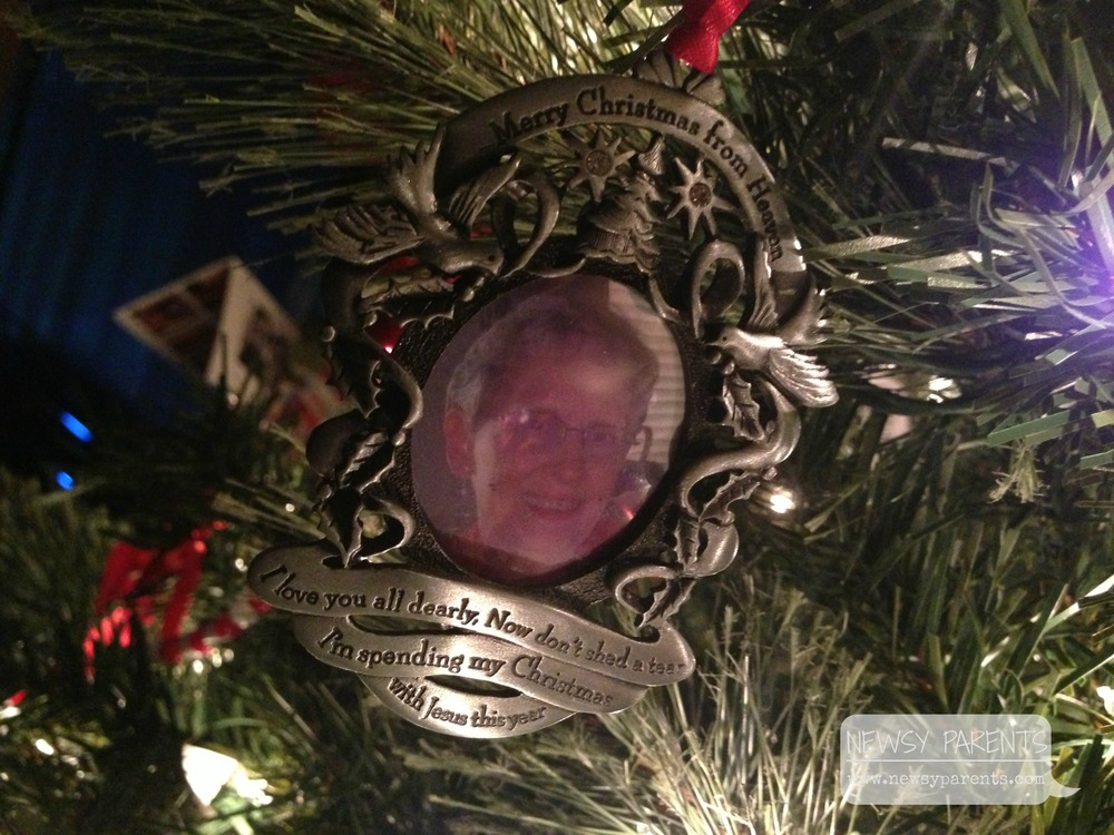 Newsy Parents DadMarlys ornament.jpg