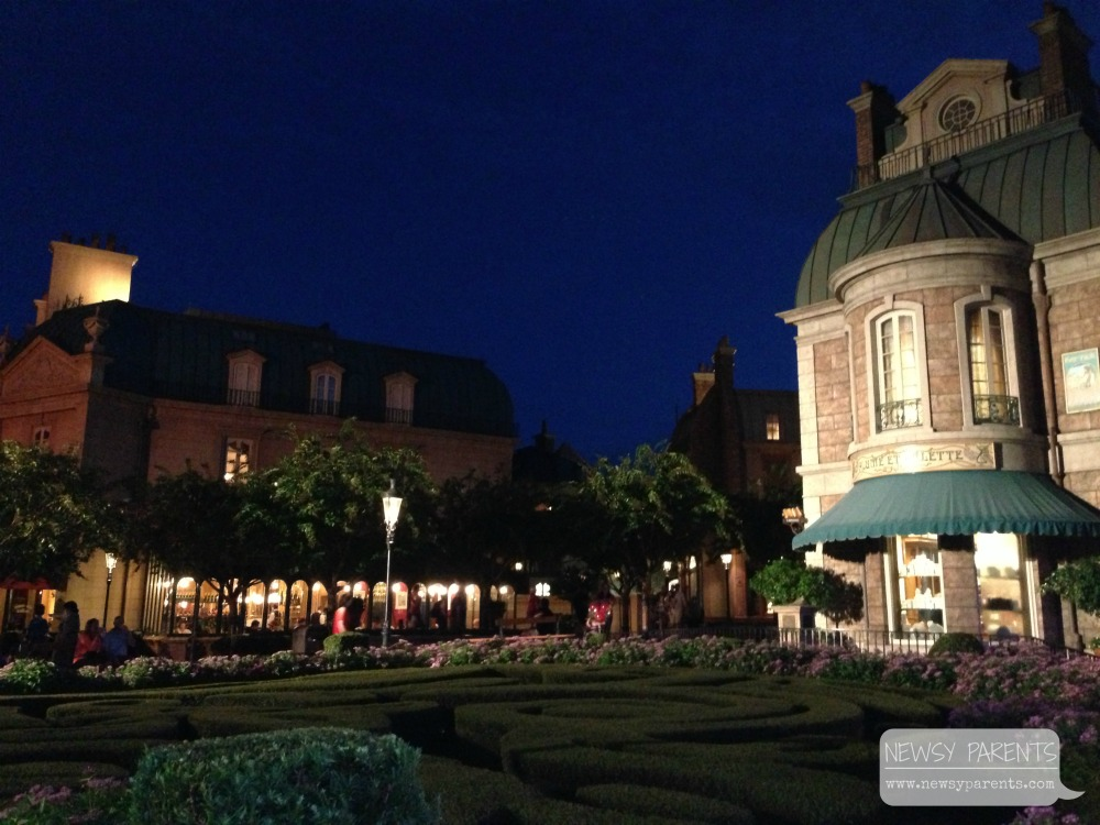 WDW Sept 2013 Epcot night 2.jpg