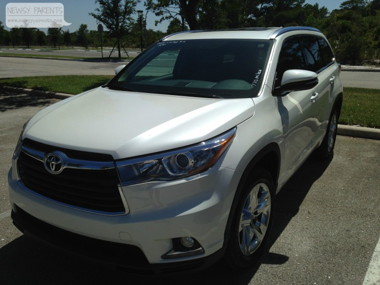 Newsy-Parents-2014-Toyota-Highlander-review-test-drive-make-room-SUV-kids