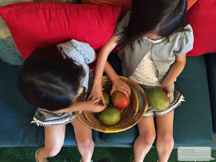 how-to-eat-mango-Newsy-Parents