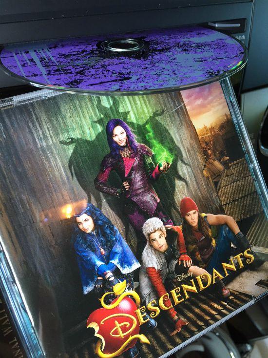 Descendants-Disney-Villains-Newsy-Parents