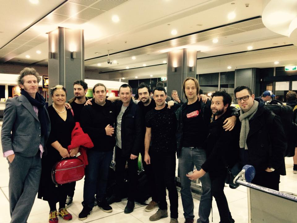 TR+BB full band at airport