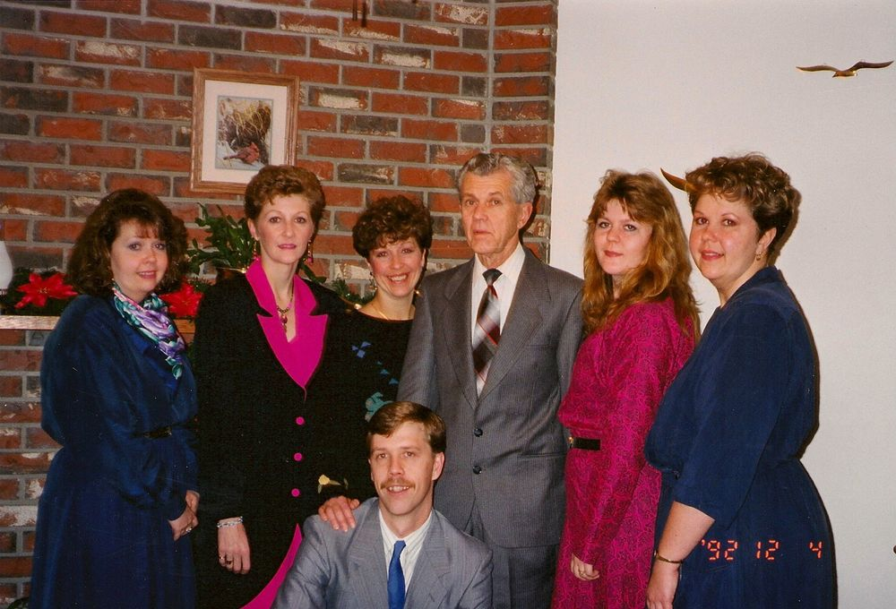 Mom's funeral, 1992 (l to r:) Linda, Arlene, Theresa, Dad, Annette, Kathy. (front:) Bill.
