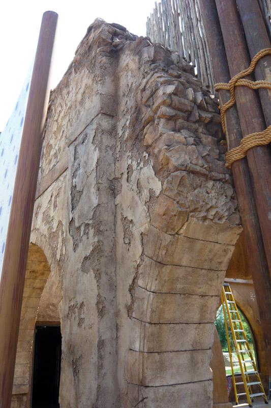 arch-wall-cheetah-hunt-busch-gardens-daas-2011.jpg
