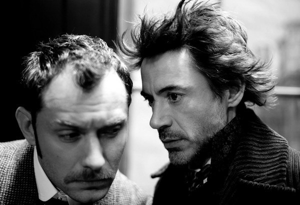 SHERLOCK-HOLMES-jude-law-and-robert-downey-jr-12240461-600-410.jpg
