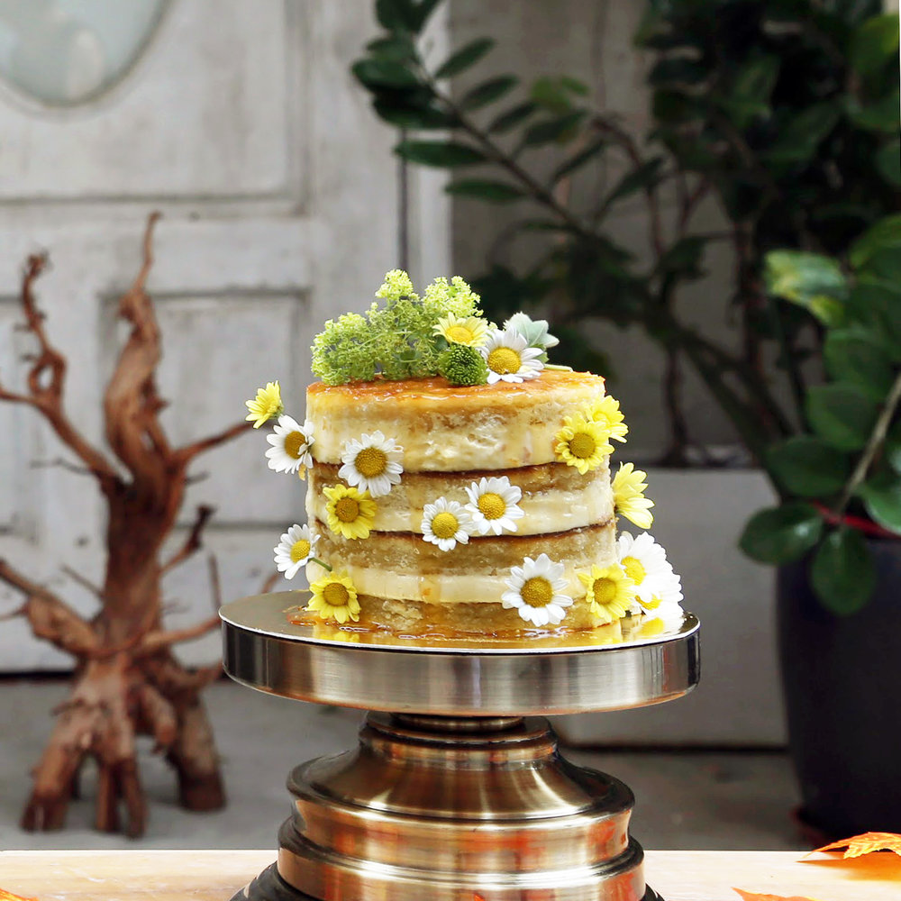 Lady Xiaoxiang Cake, $55 / slice, $108+ / cake