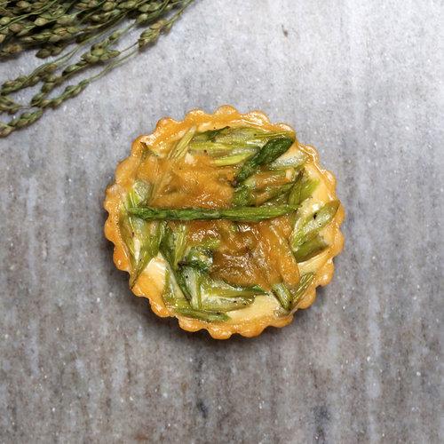 Asparagus,+Leek+and+Gruyere+Quiche.jpg