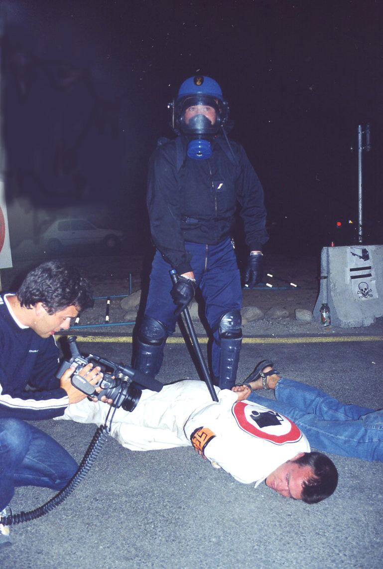 25 juin 2002, les citoyens pacifiques stigmatisés