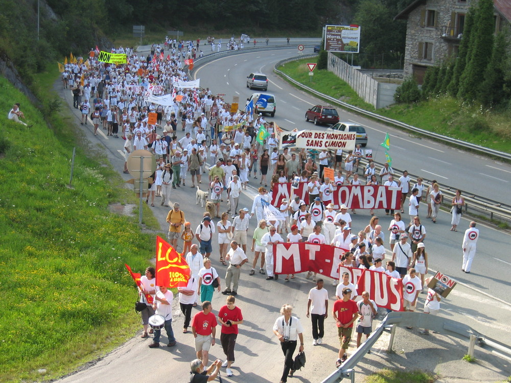 28 juillet 2005, défilé Servoz