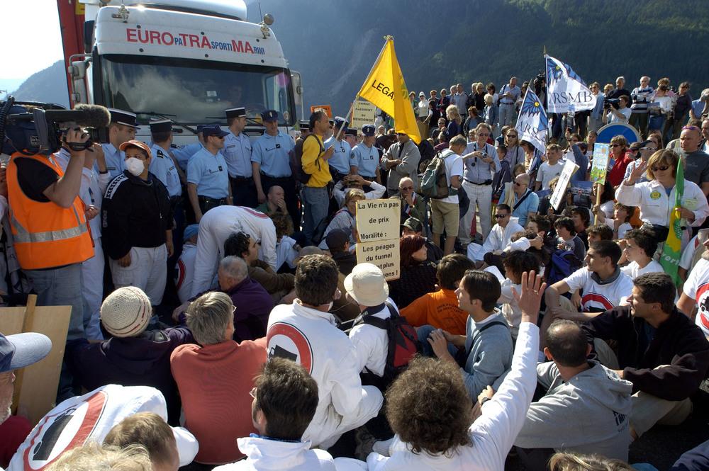 Blocage des poids lourds, La Vigie, Chamonix, 2005