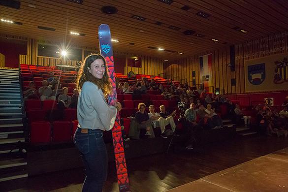 La gagnante d'une paire de ski freeride Black Crows offerte par Coquoz Sport