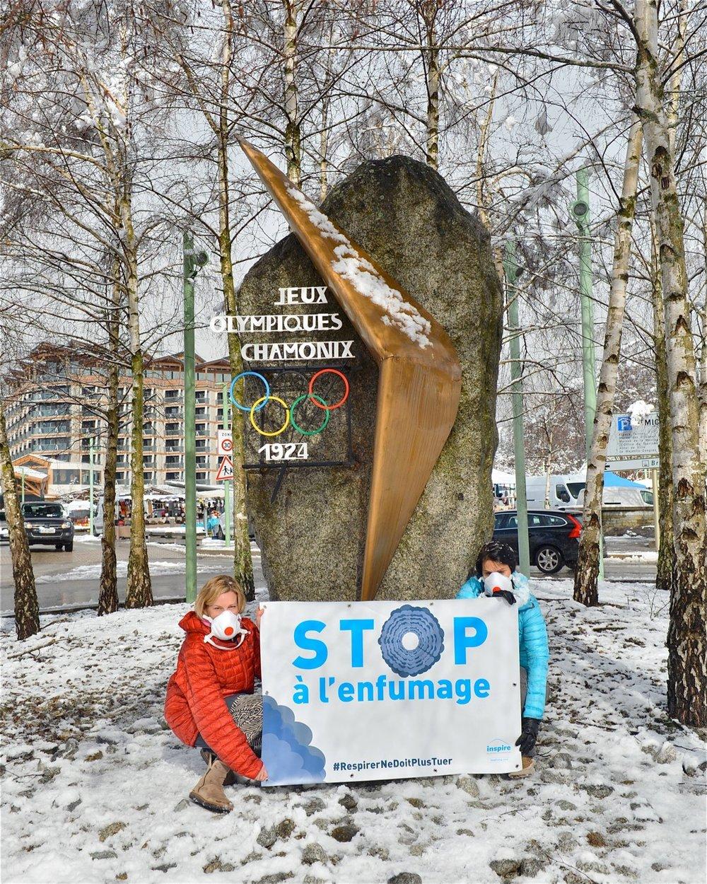 Chamonix - Le fond de l'air effraieLa pollution de l'air tue 14 fois plus que les accidents de la route. Mettons les transports sur le rail, vite!#LoiMobilité #TunnelMontBlanc #LémanExpress #StopPollution