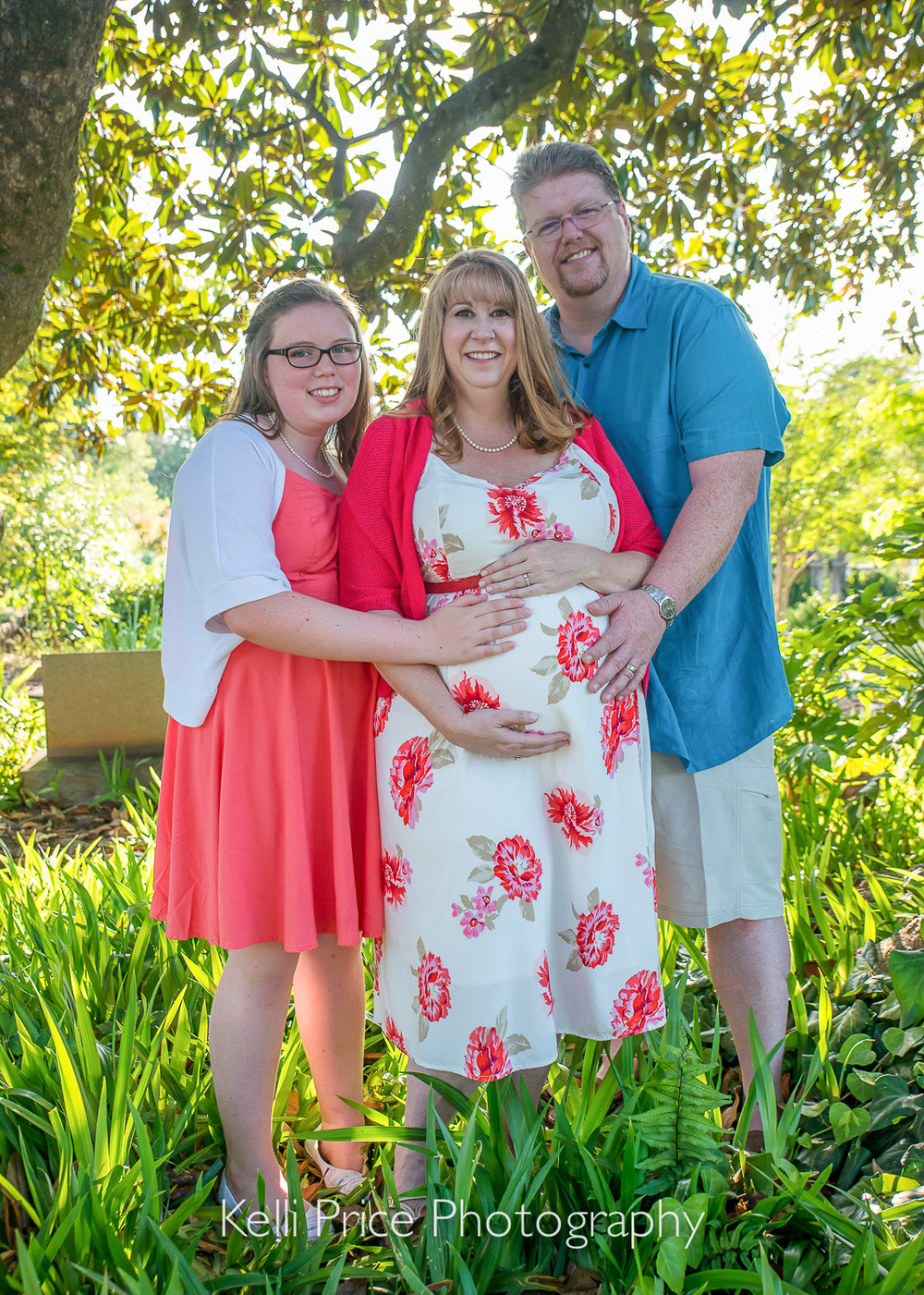 Atlanta Maternity & Family Session - Historic Oakland Cemetery, GA